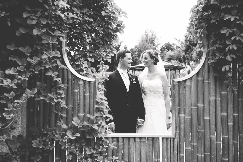 Hochzeitsfotos in Tremsbuettel - mit Florian und Annika-10