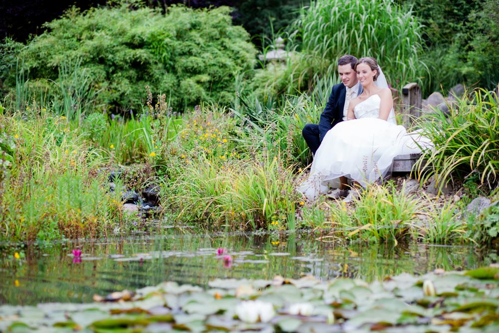 Hochzeitsfotos in Tremsbuettel - mit Florian und Annika-12
