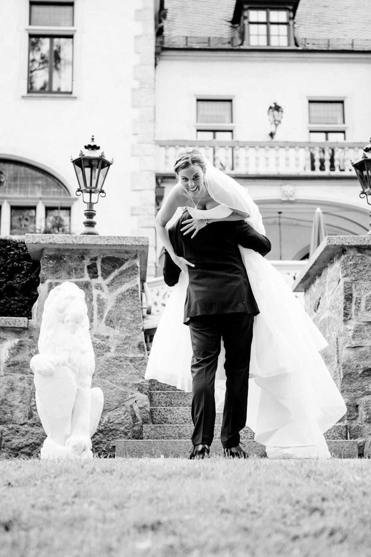 Hochzeitsfotos in Tremsbuettel - mit Florian und Annika-22
