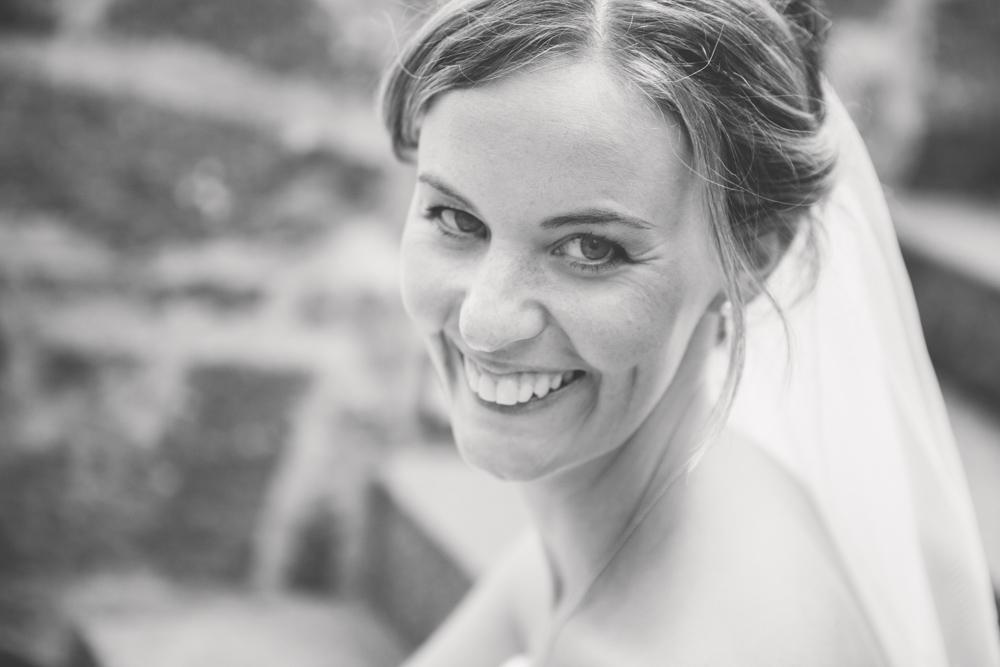 Hochzeitsfotos in Tremsbuettel - mit Florian und Annika-24