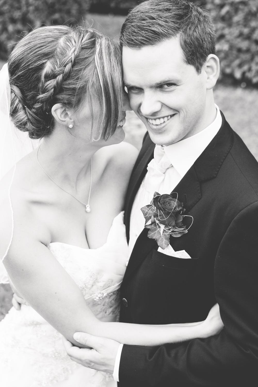 Hochzeitsfotos in Tremsbuettel - mit Florian und Annika-6